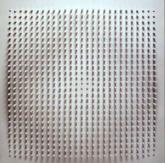 Objet plastique nº725, por Luis Tomasello
